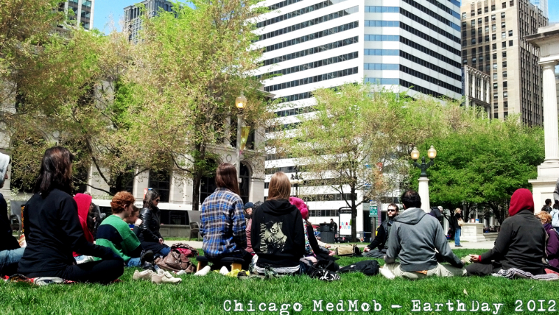 medmob-chicago-earthday2012_6